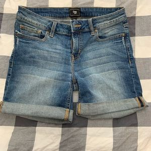 Gap boyfriend jean shorts